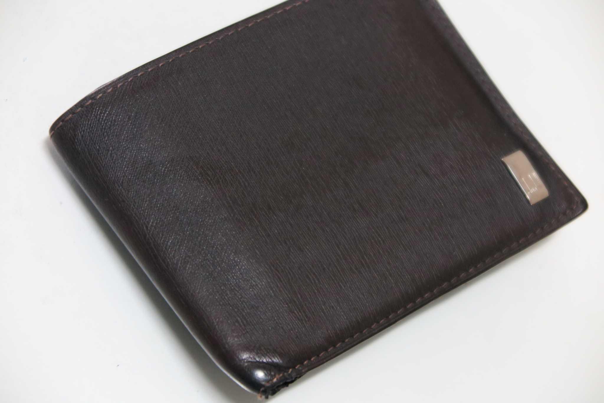 353c3b34d4ca 小銭すら不要な時代】財布を持ち歩かない生活が普通に、ブランド物の長 ...